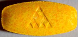 155mg MDMA + MDDA + MDPP<br />Triangle (mars 2014)